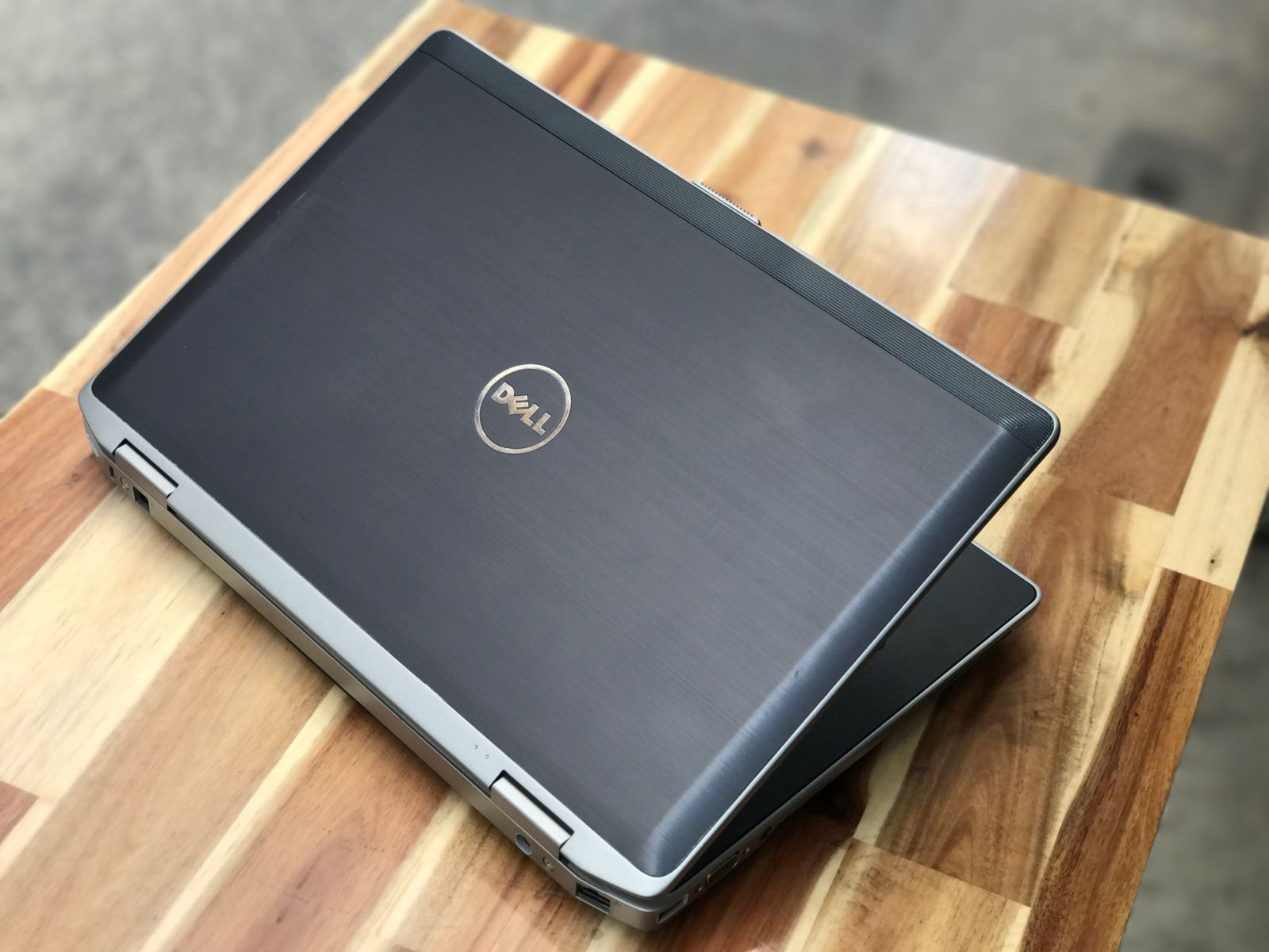 "Dell Latitude E6520 i5 2520M | RAM 4 GB | HDD 250G | 15.6"" HD 