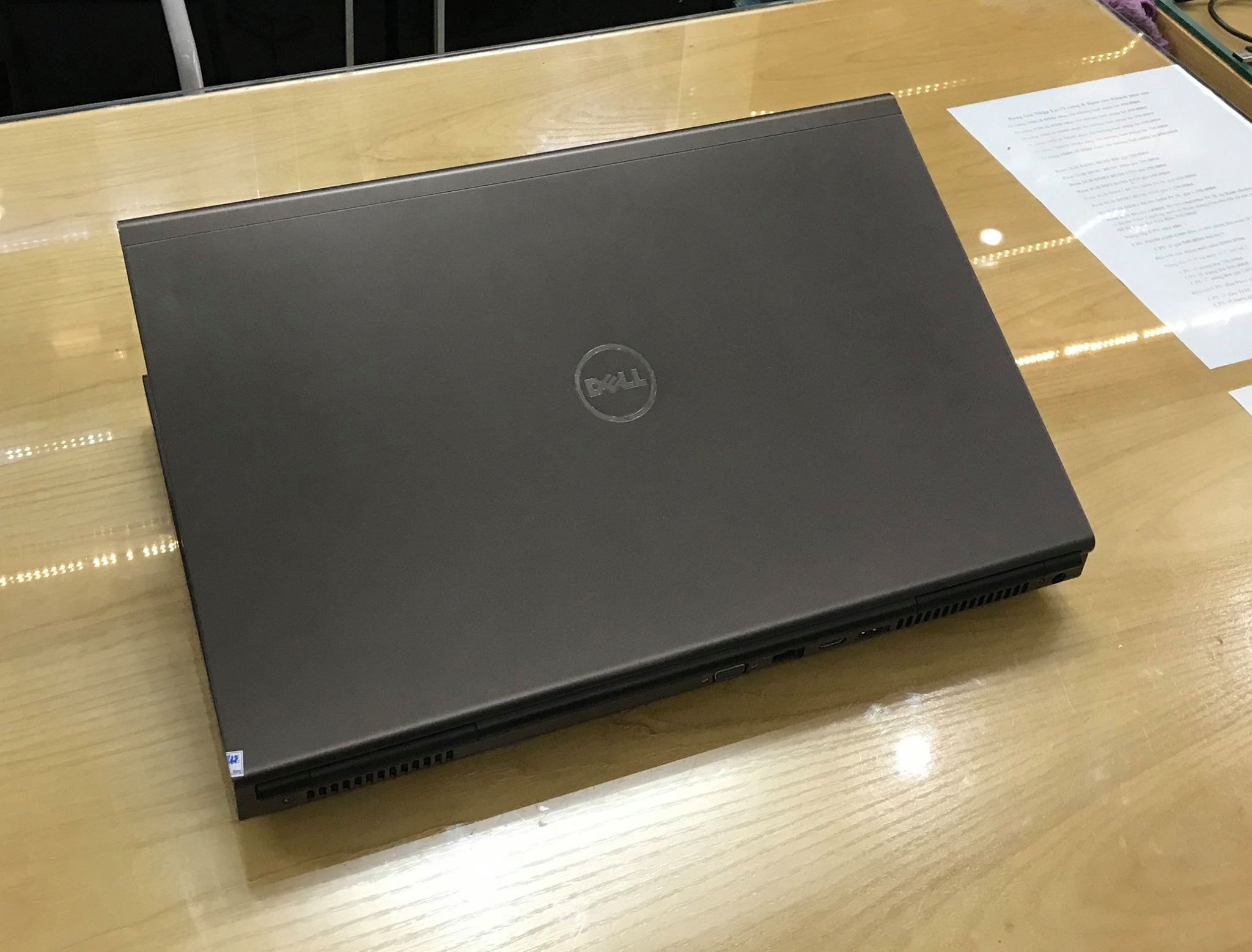 Dell Precision M6800 Mobile Workstation i7 4810QM | RAM 8 GB | HDD 500 G | 17.3″ Full HD | VGA K2100-DDR5