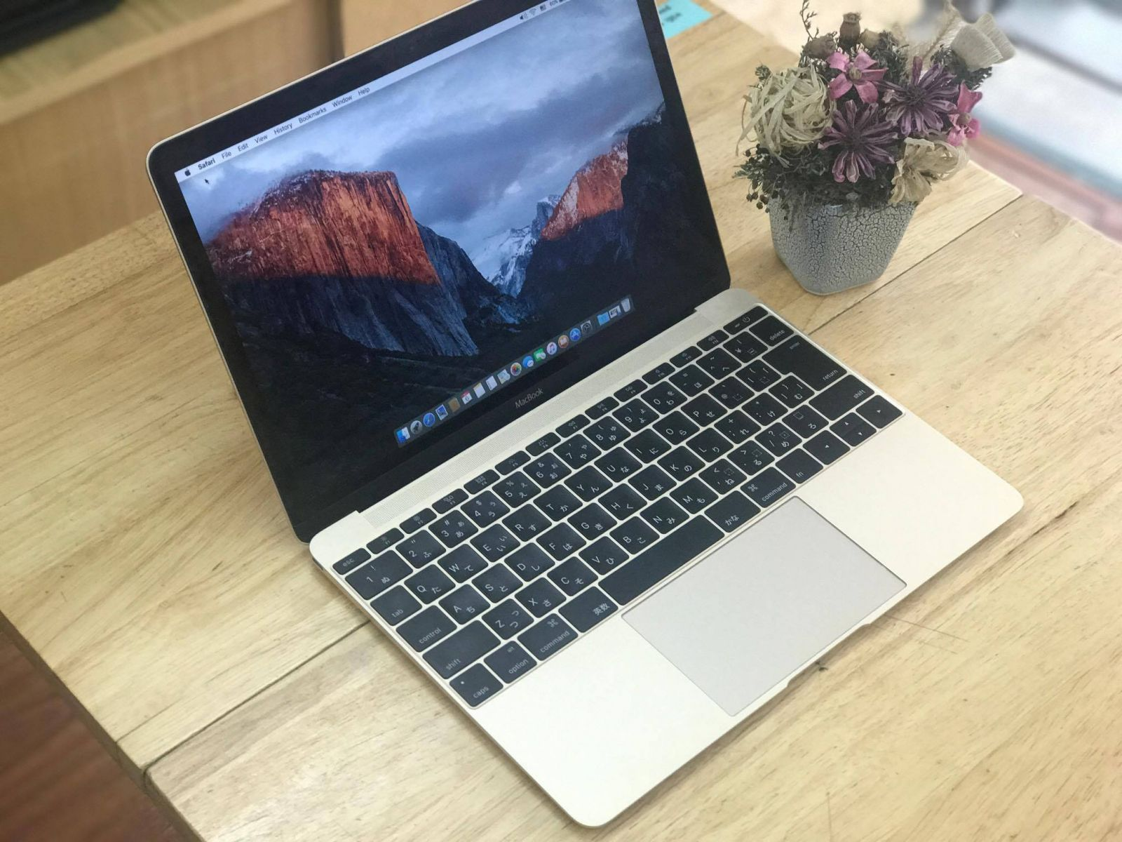 Macbook Air Retina 12 inch Gold – Mới 99%