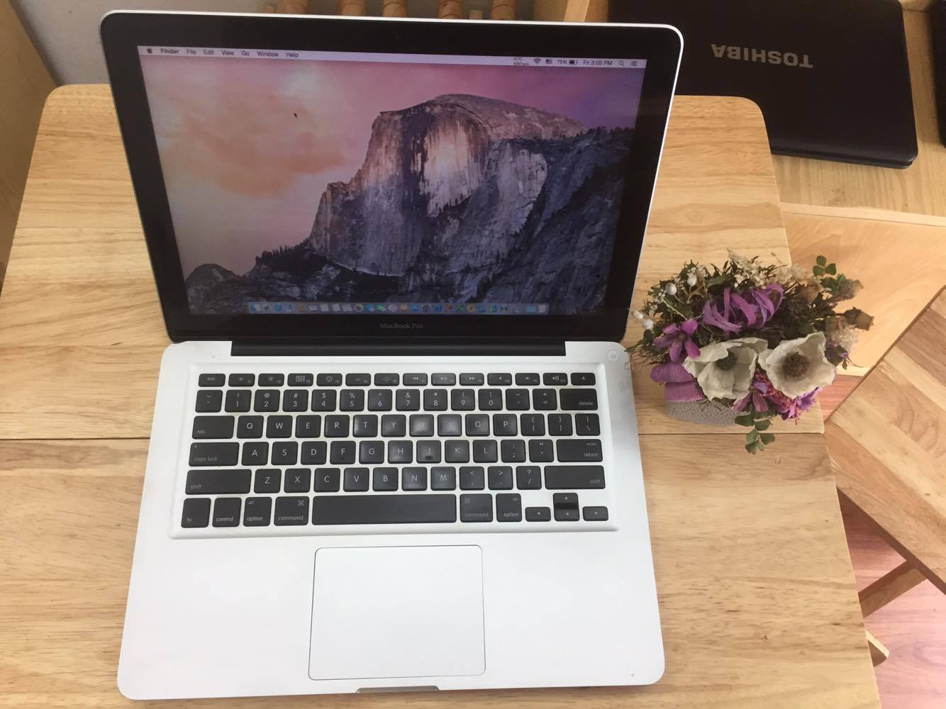 Macbook Pro MD313 Core i5 2.4GHZ , Ram 4GB , HDD 500GB , 13.3 inch – Late 2011