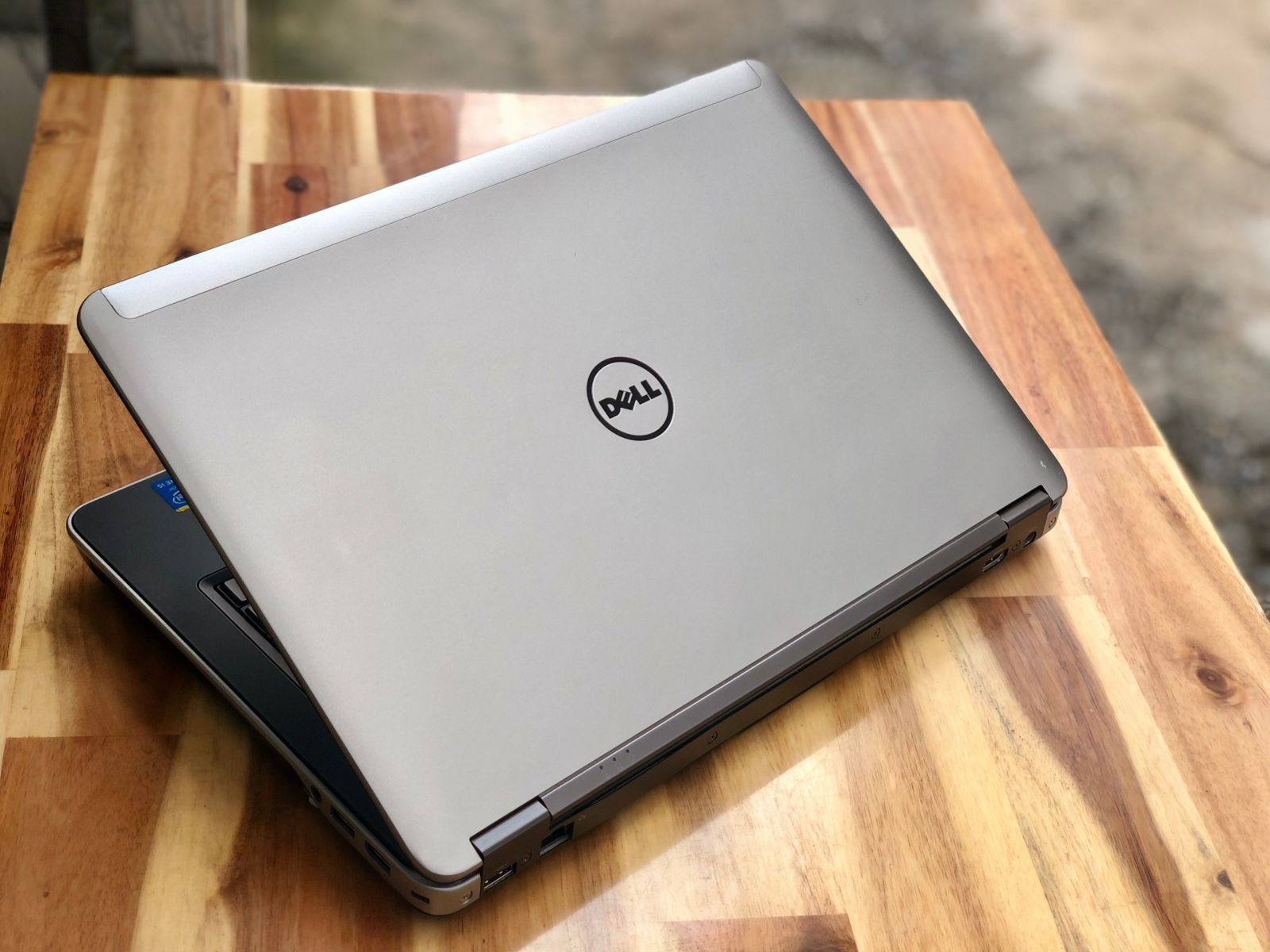 Dell Latitude E6440 |i5-4300M | Ram 4GB | HDD 320GB |14″ HD | Card on